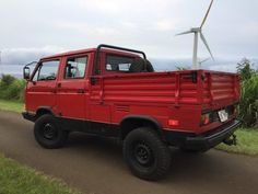 Bid for the chance to own a TDI-Powered 1989 Volkswagen Tristar Syncro at auction with Bring a Trailer, the home of the best vintage and classic cars online. Transporter T3, Volkswagen Transporter, Volkswagen Bus, Vw Syncro, Off Road Suspension, Overland Truck, Vw Engine, Day Van, Vw T