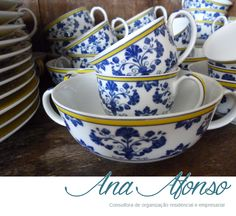 demitasse espresso cups from coimbra portugal hand painted ceramic pottery ebay ceramics. Black Bedroom Furniture Sets. Home Design Ideas