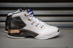 Nike Air Jordan 17, watch out for fakes when shopping online. Get a 31 point step-by-step guide from goVerify.it