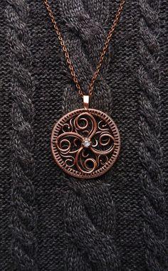 Círculo de collar de vida alambre envuelto por UrsulaJewelry