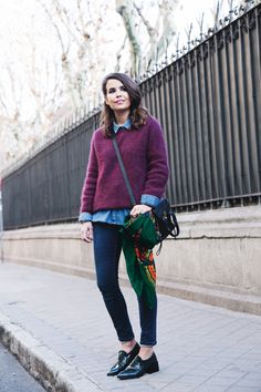 Double_Denim-Loafers-Burgundy_Jumper-Outfit-Vintage_Scarf-Street_Style-10