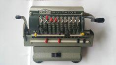Alte-Rechenmaschine-Multator-von-Produx