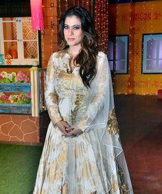 Bollywood power couple Ajay Devgn and Kajol had a gala time shooting for The Kapil Sharma Show in Mumbai while promoting Shivaay . Stylish Dress Designs, Stylish Dresses, Casual Dresses, Fashion Dresses, Girls Dresses, Dresses For Work, Dress Work, White Anarkali, Anarkali Dress