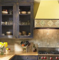 10 Stylish Ideas for Kitchen Cabinet Doors
