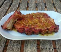Costillas de cerdo asadas con salsa de mostaza