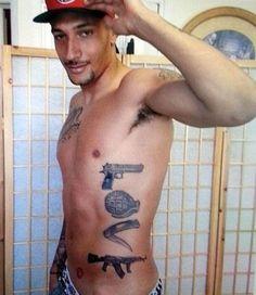 Mira el polemico tatuaje de este futbolista