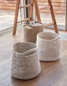 pattern knit crochet home basket spring summer katia 6986 62 g Crochet Diy, Crochet Home, Love Crochet, Beautiful Crochet, Chunky Crochet, Crochet Bags, Knitting Patterns Free, Free Knitting, Crochet Patterns