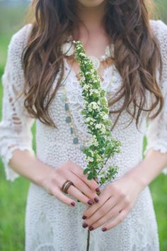 Dreamy Boho Chic Bride Styled Shoot on Colorado Wedding Blog: COUTUREcolorado | styling by @Jill Meyers Carter Stylist | photography by shalynne imaging | see more http://www.couturecolorado.com/wedding/2014/03/20/dreamy-boho-chic-bride/
