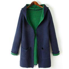 49,90EUR Strickjacke mit Kapuze und Taschen grün blau