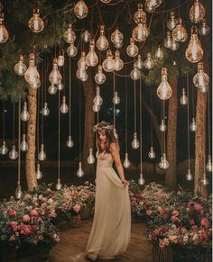 romantic wedding ideas with hanging bulbs wedding lights Breathtaking Outdoor Wedding Ideas to Love - Page 2 of 2 - Oh Best Day Ever Night Wedding Photos, Wedding Night, Wedding Bells, Wedding Ceremony, Wedding Venues, Outdoor Night Wedding, Night Photos, Wedding Pictures, Wedding Bride