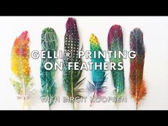 Hello, Birgit here with a new tutorial video! Today, I will show you how to create beautiful printed feathers on the Gelli Arts® printing plate! I hope you e. Mixed Media Tutorials, Art Tutorials, Gelli Arts, Gel Press, Gelli Plate Printing, Feather Art, Watercolor Feather, Plate Art, Scrapbooking