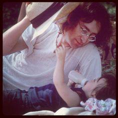 Uno de los músicos más queridos y recordados de todos los tiempos y que tiene su lugar bien grabado en la historia de la música es el ex Beatle, John Lennon, que el día de hoy cumpliría 72 años de edad...