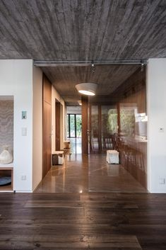 Gallery - White Cubes House / at26 architecture & design - 18