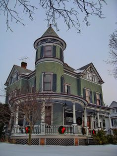Historic Queen Anne on Hooker Avenue in Poughkeepsie NY