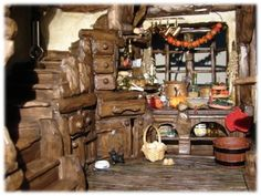 Heksenhuis / witch house / Sprookjes / fairy tales / Showroom | Poppen-t-huis.nl