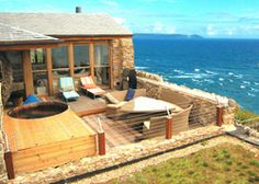 Big beach house Cornwall – Who dislike big house? May one of them dream it. Generally, the beach house in Cornwall Cottages Uk, Cornwall Cottages, Cornish Beaches, Self Catering Cottages, Luxury Holidays, Uk Holidays, Large Homes, Luxury Villa, Renting A House