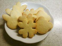 米粉とアーモンドプードルの型抜きクッキーの画像