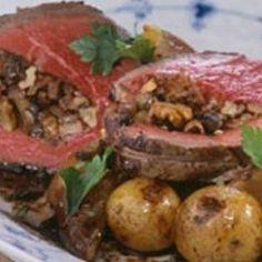 Helstegt oksemørbrad med svampefyld opskrift - til en seriøs madaften!