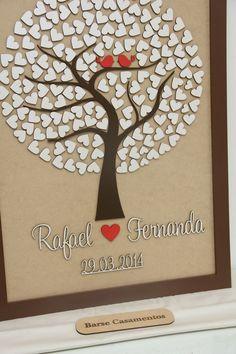 """O Rafael Brasil Silva, de São José - SC encomendou uma árvore de assinaturas aos 45 minutos do segundo tempo. Como estamos no mesmo Estado, conseguimos entregar=)  E-mail que ele nos enviou: """"A árvore chegou, está perfeita, ficou muito linda. Continue fazendo esse trabalho maravilhoso, te agra..."""