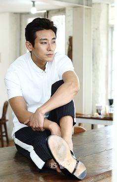 Joo Ji Hoon | Ju Ji Hoon | 주지훈 | D.O.B 16/5/1982 (Taurus) Asian Celebrities, Asian Actors, Korean Actors, Korean Face, Korean Guys, Jung Woo Sung, Handsome Asian Men, Korean Drama Movies, Handsome Actors