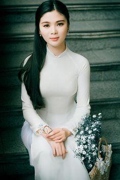 Beautiful Asian Women, Us Navy, Asian Woman, Womens Fashion, People, Photography, Beauty, Dresses, Vietnam