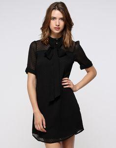 Abito nero leggero in tessuto plumetis - Vestiti - Abbigliamento - Donna