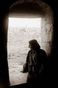 Bethlehem Woman, 1940 | 31 Unbelievable Photographs Israel Doesn't Want You To See!