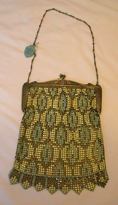 Rare & Fabulous!!!!  Vintage Deco Whiting and Davis Mesh Purse with Original Tag
