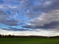 Nubes (Clouds) - Getafe, Madrid, España (Getafe, Madrid, Spain) - iPhone 4S & Camera+ Copyright © Juan Hernandez Orea