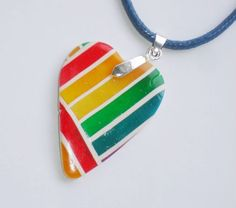 Colgante Corazón Multicolor de Entodomemeto por DaWanda.com
