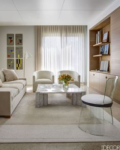 HOUSE TOUR: A Palm Beach Apartment Full Of Contemporary Art And Coastal Decor