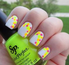 Adventures in LalaLand: Neon Accent Dots