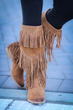Giddy In My Vintage Boho Fringe Boots-Tan