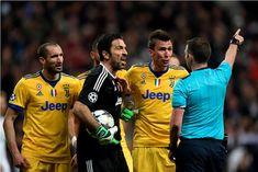 Kapten Juventus mengecam habis ketentuan wasit Mike Oliver memberikan hadiah penalti untuk Real Madrid di ujung pertandingan.