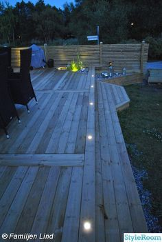 63 ideas for landscape lighting garden walkways Pergola Patio, Diy Patio, Backyard Landscaping, Small Pergola, Modern Pergola, Patio Ideas, Outdoor Deck Lighting, Landscape Lighting, Wood Deck Designs