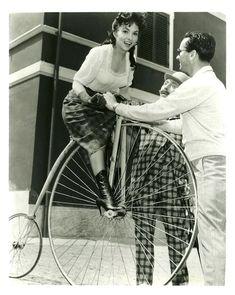 Gina Lollobrigida Beautiful But Dangerous La donna più bella del mondo Twentieth Century Fox G.E.S.I. Cinematografica 1955