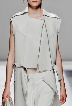 Boxy leather jacket, sporty chic fashion details // Sportmax Spring 2013