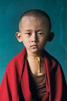 Steve McCurry - Novice Monk, Bylakuppe, India, 2001