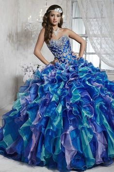 Shop for House of Wu Quince Dresses at ABC Fashion. These beautiful 2020 House of Wu ball gowns from the Quinceanera Collection are perfect for any Sweet 15 and Sweet 16 party! Quince Dresses, Ball Dresses, 15 Dresses, Ball Gowns, Fashion Dresses, Wedding Dresses, Turquoise Quinceanera Dresses, Pretty Quinceanera Dresses, Quinceanera Ideas