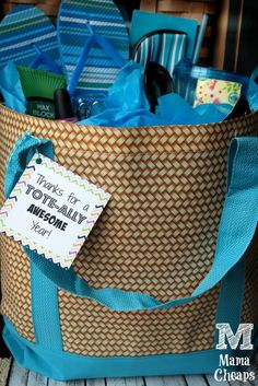 TOTE-Ally Awesome Teacher Tote Bag Gift Idea + FREE Printable Tag