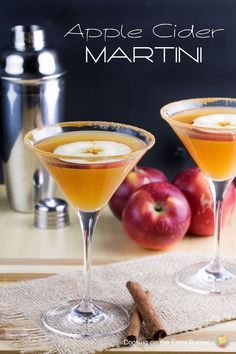 A round-up of 20 of the best boozy fall drinks that will be sure to put you in the spirit for cooler months ahead! These cocktails are sure to please! Fall Drinks, Holiday Drinks, Holiday Cocktails, Mixed Drinks, Apple Cocktails, Christmas Drinks, Martini Recipes, Cocktail Recipes, Drink Recipes