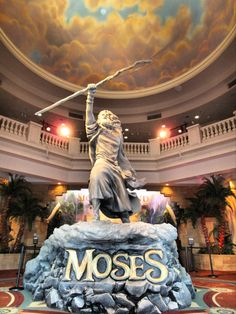 Sight & Sound Theaters lobby for the 2014-2015 season of Moses.  SO GOOD!!!  I love Sight And Sound!!! <3
