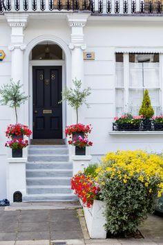 London flat — via @TheFoxandShe