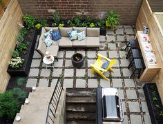 Lowe's spring makeover of a DC back patio from Manhattan Nest