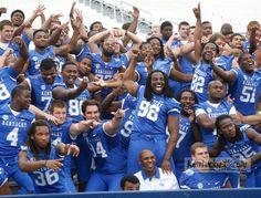 Meet the 2012 UK football team Uk Football Teams, University Of Kentucky Football, Kentucky Wildcats, Go Big Blue, Tailgating, Activities For Kids, Soccer, Challenges, College