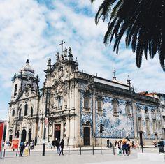 Igreja do Carmo Praça de Gomes Teixeira 10, Porto, Portugal