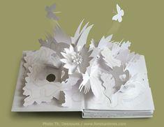 White pop-up book. just magic! Trail, by David Pelham Pop Up Art, Cultura Maker, Book Crafts, Paper Crafts, Book Art, Paper Diamond, Free Paper Models, Just Magic, Paper Games