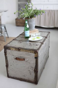 Antique trunk.  Going to try to strip an old one I have, and make it look like this!