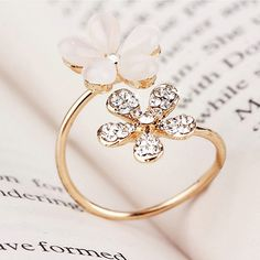 Purchase Elegant Double Daisy Flower Ring Rhinestone Adjustable Open Ring Jewelry from Aofa on OpenSky. Share and compare all Jewelry. Jewelry Rings, Jewelry Accessories, Daisy Ring, Open Ring, Types Of Rings, Bronze, Meaningful Gifts, Flower Shape, Flower Petals