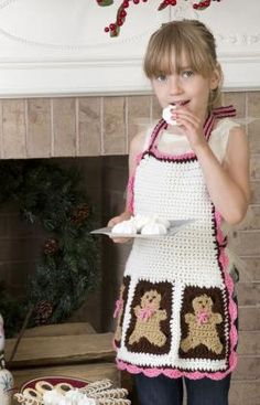 Gingerbread Man Apron Free Crochet Pattern from The Yarn Box